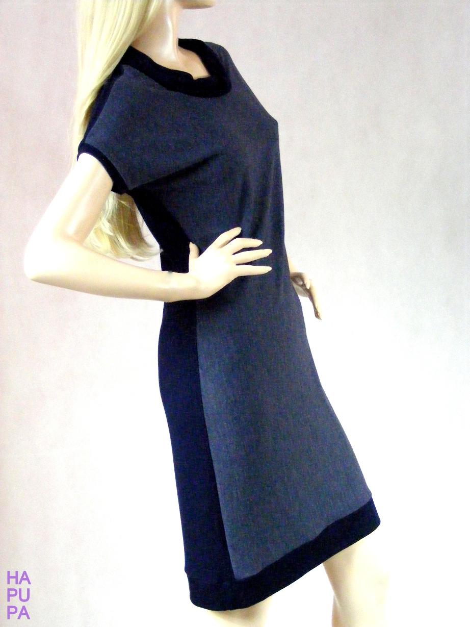 Fotografie pro model – Modré úpletové šaty sroláčkem