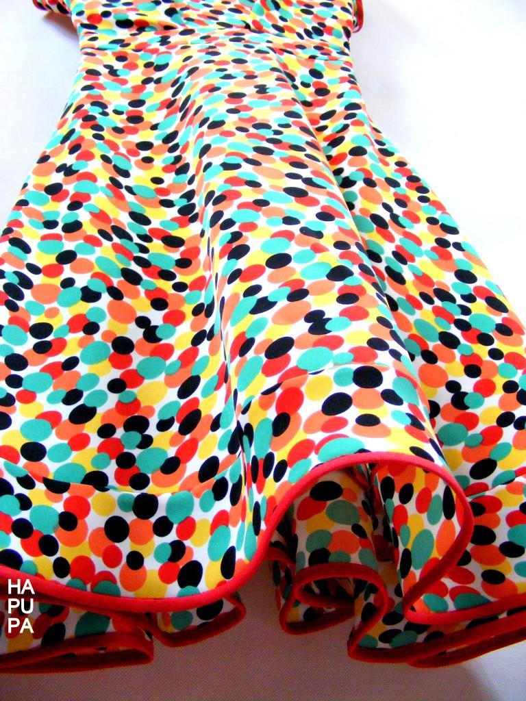 Puntíkové šaty