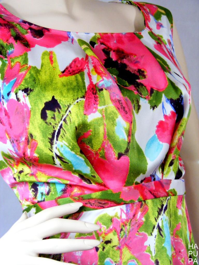 Saténové šaty
