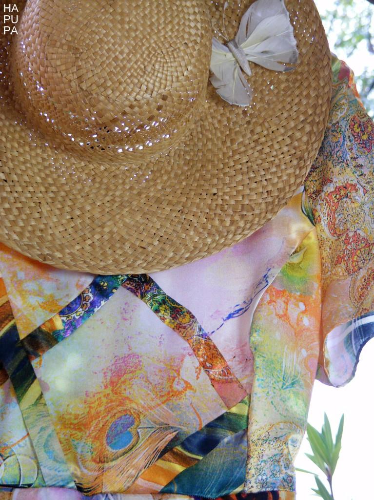 Fotografie pro model – Květinové sametové šaty sproužky