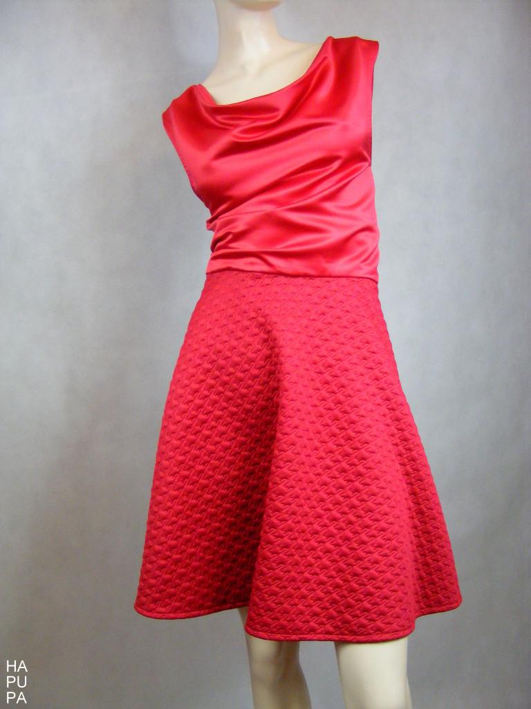 Fotografie pro model – Šaty skolovou sukní