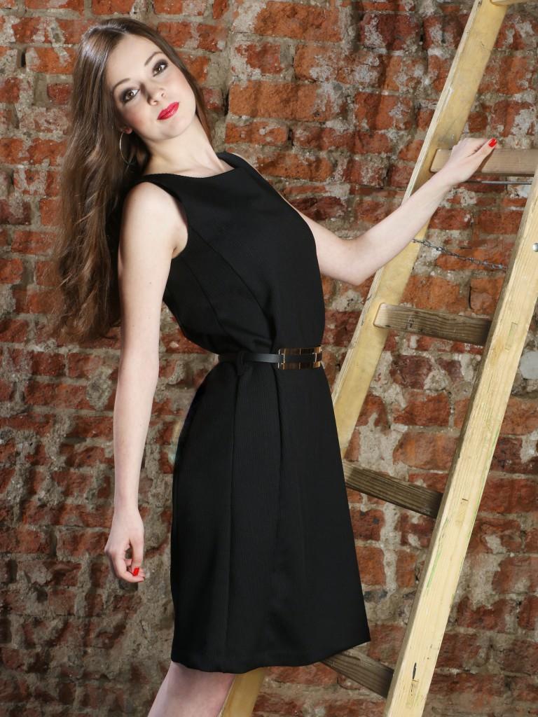 Fotografie pro model – Černé krátké šaty