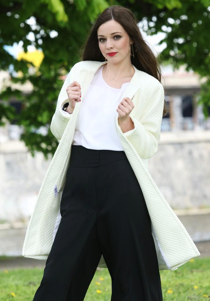 Černo bílý outfit
