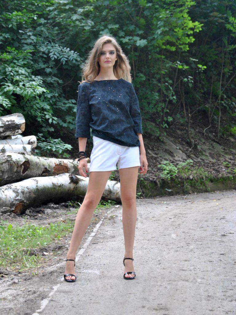 Fotografie pro model – Madeirový top