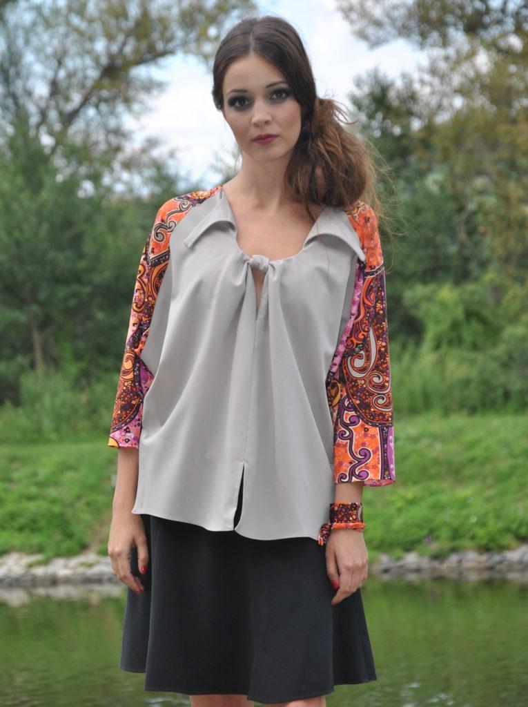 Fotografie pro model – Šedá tunika sbarevnými rukávy