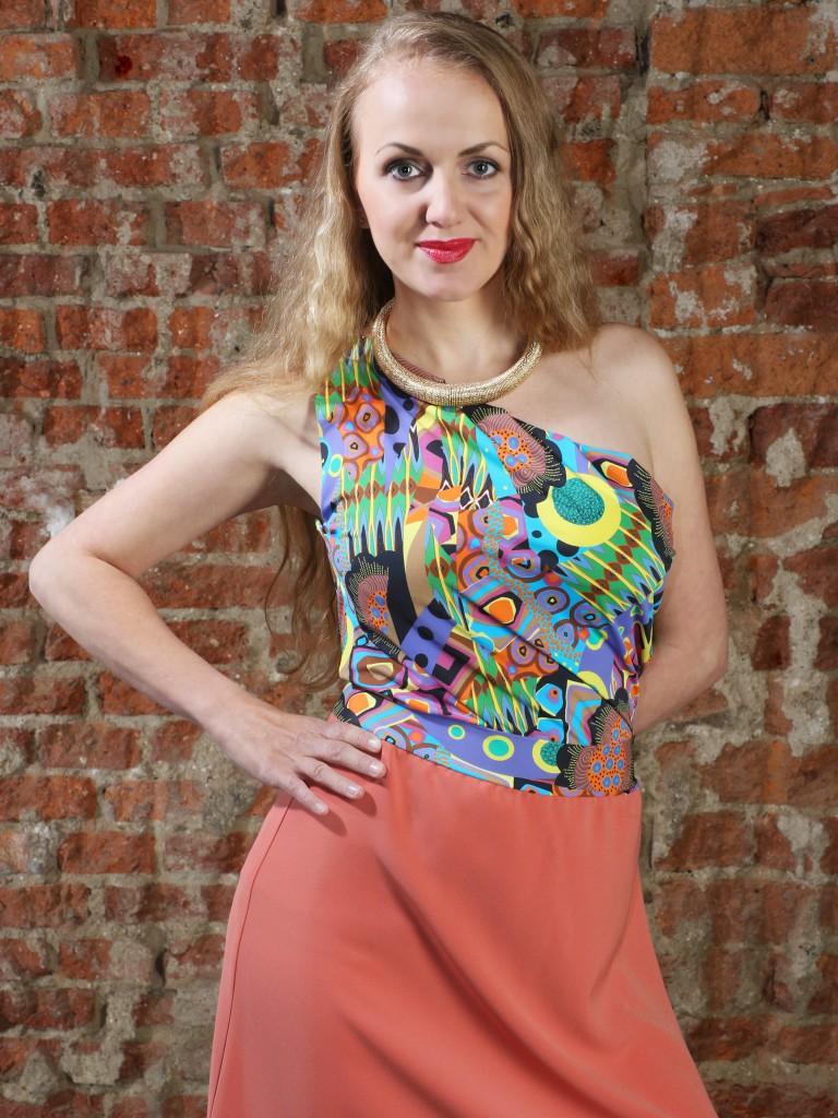 Fotografie pro model – Triko adlouhá sukně