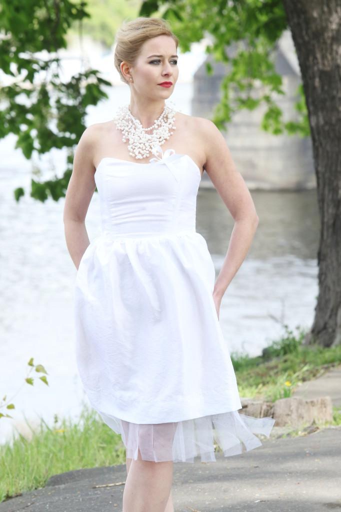 Fotografie pro model – Svatební korzetové šaty