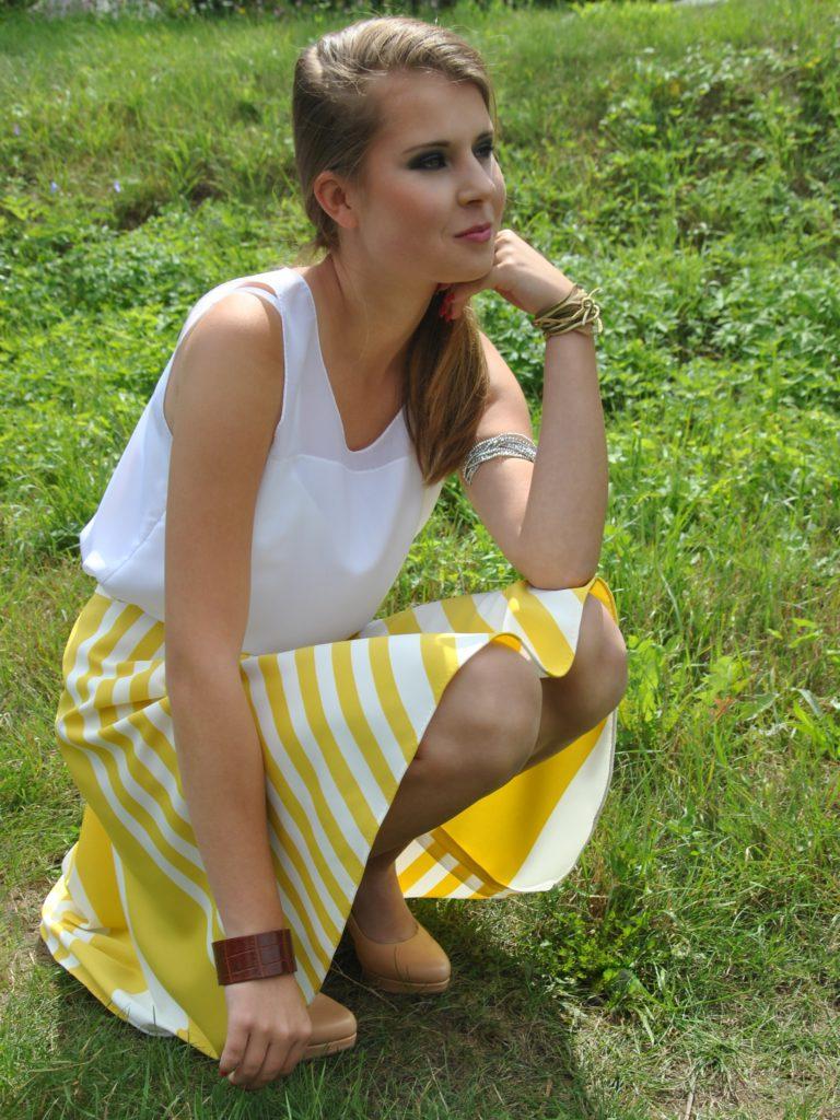 Pruhovaná sukně