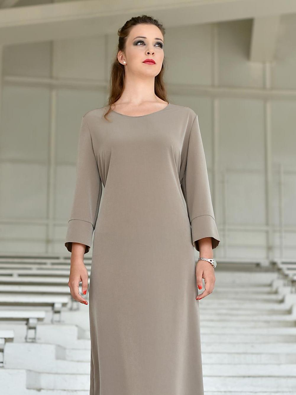 Hedvábné šaty rovného střihu