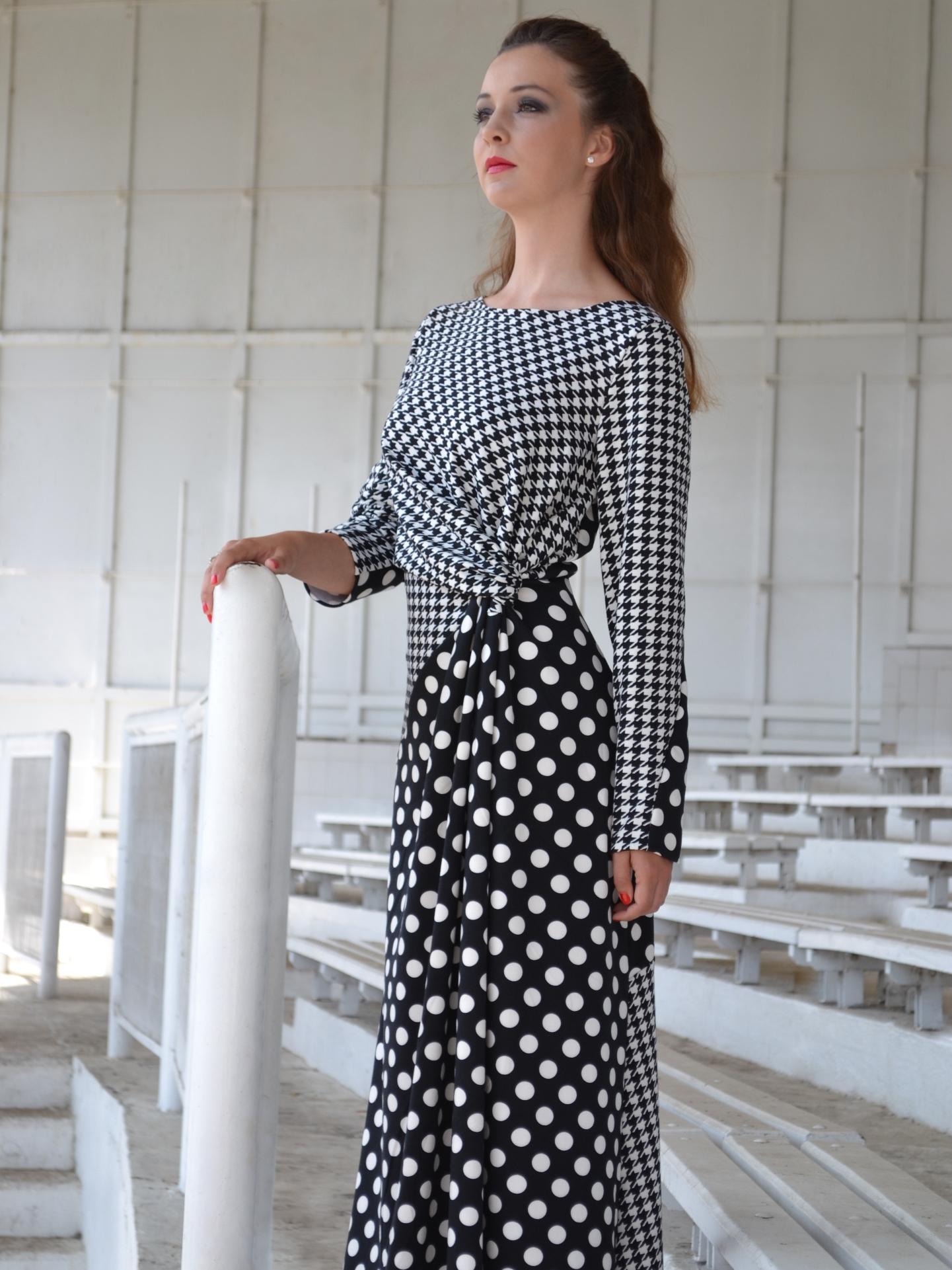 Dlouhé černobílé šaty puntík apepito