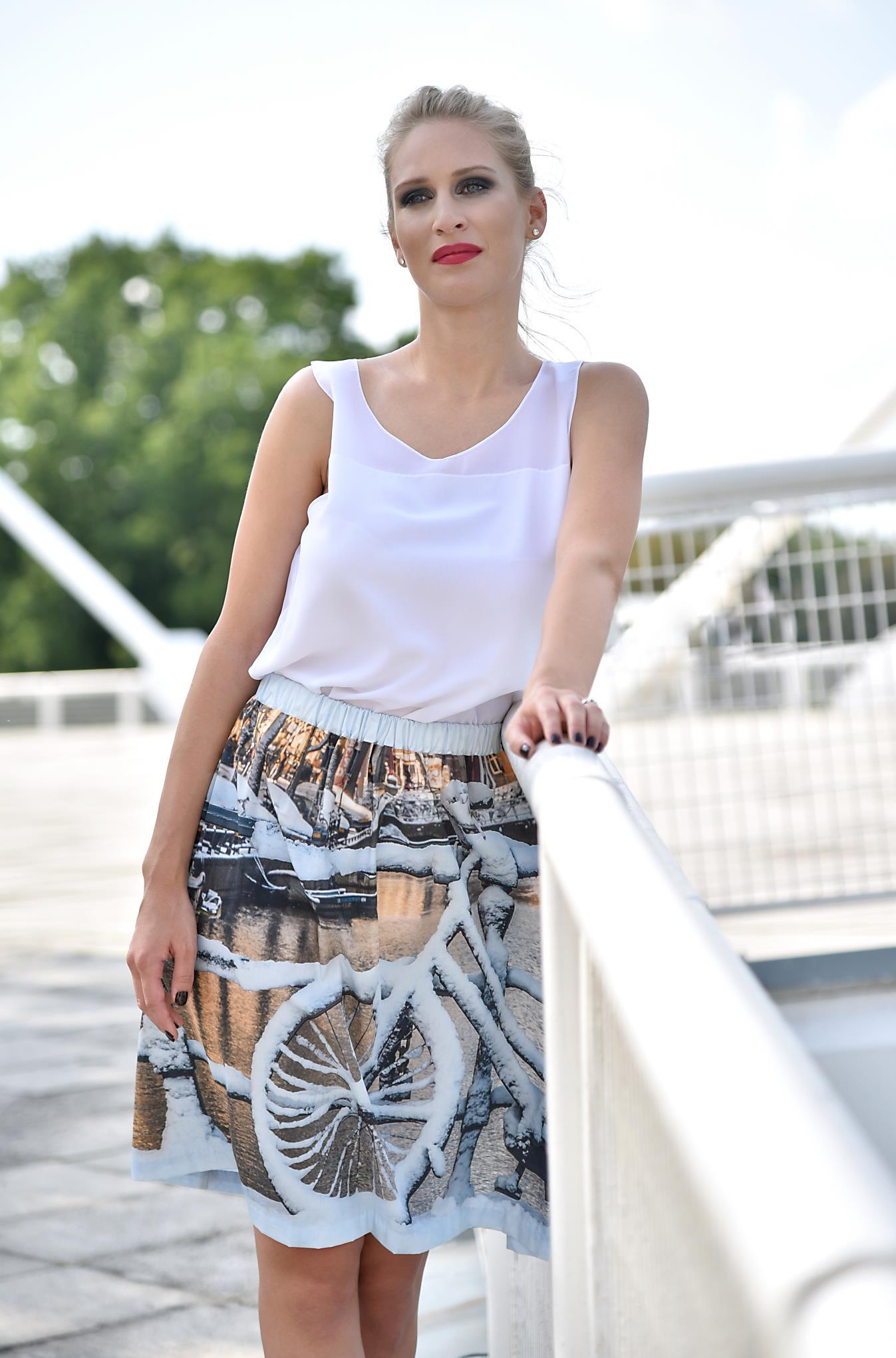 Fotografie pro model – Sukně sholandským motivem