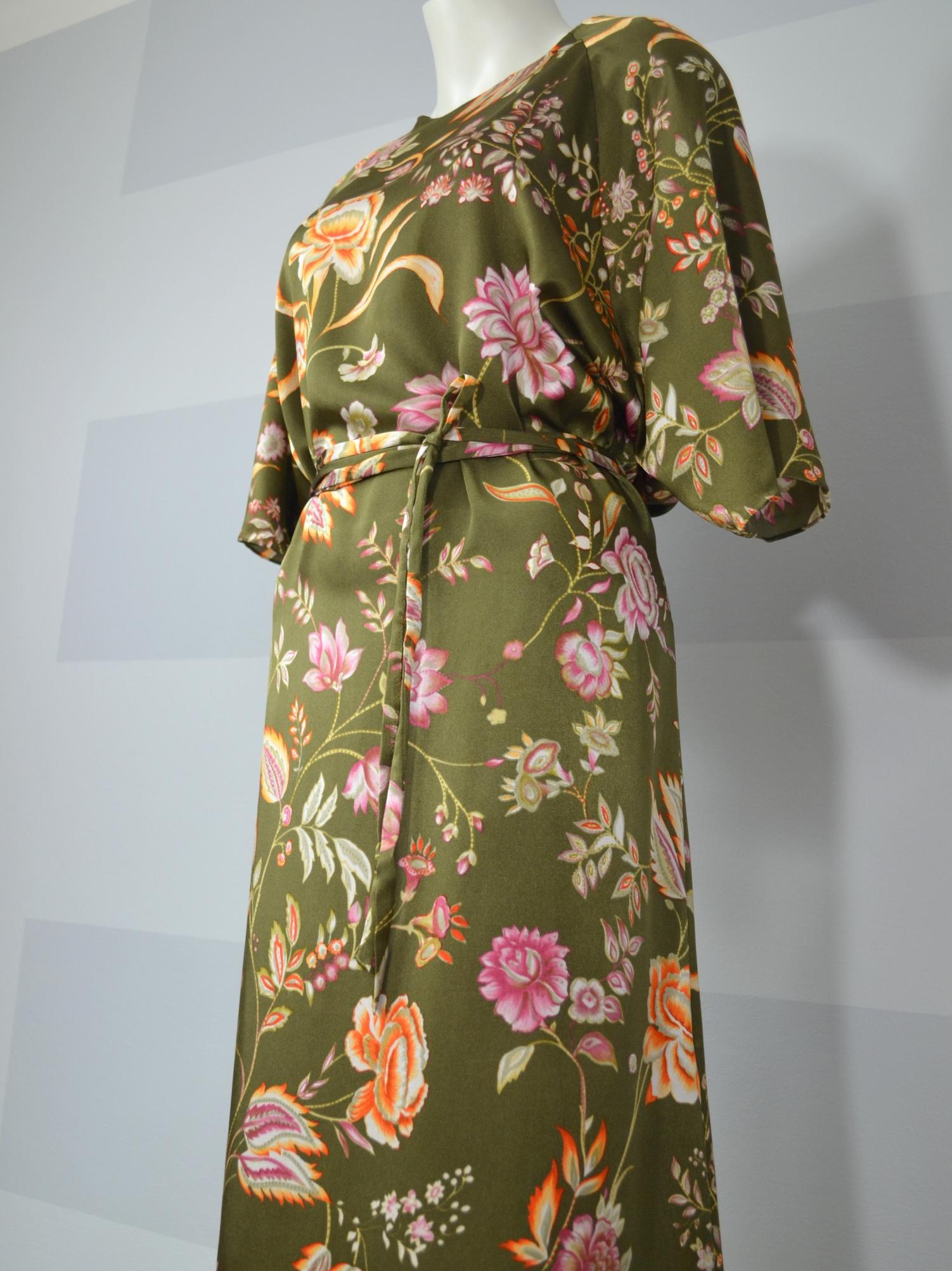 Fotografie pro model – Zelené šaty skvěty