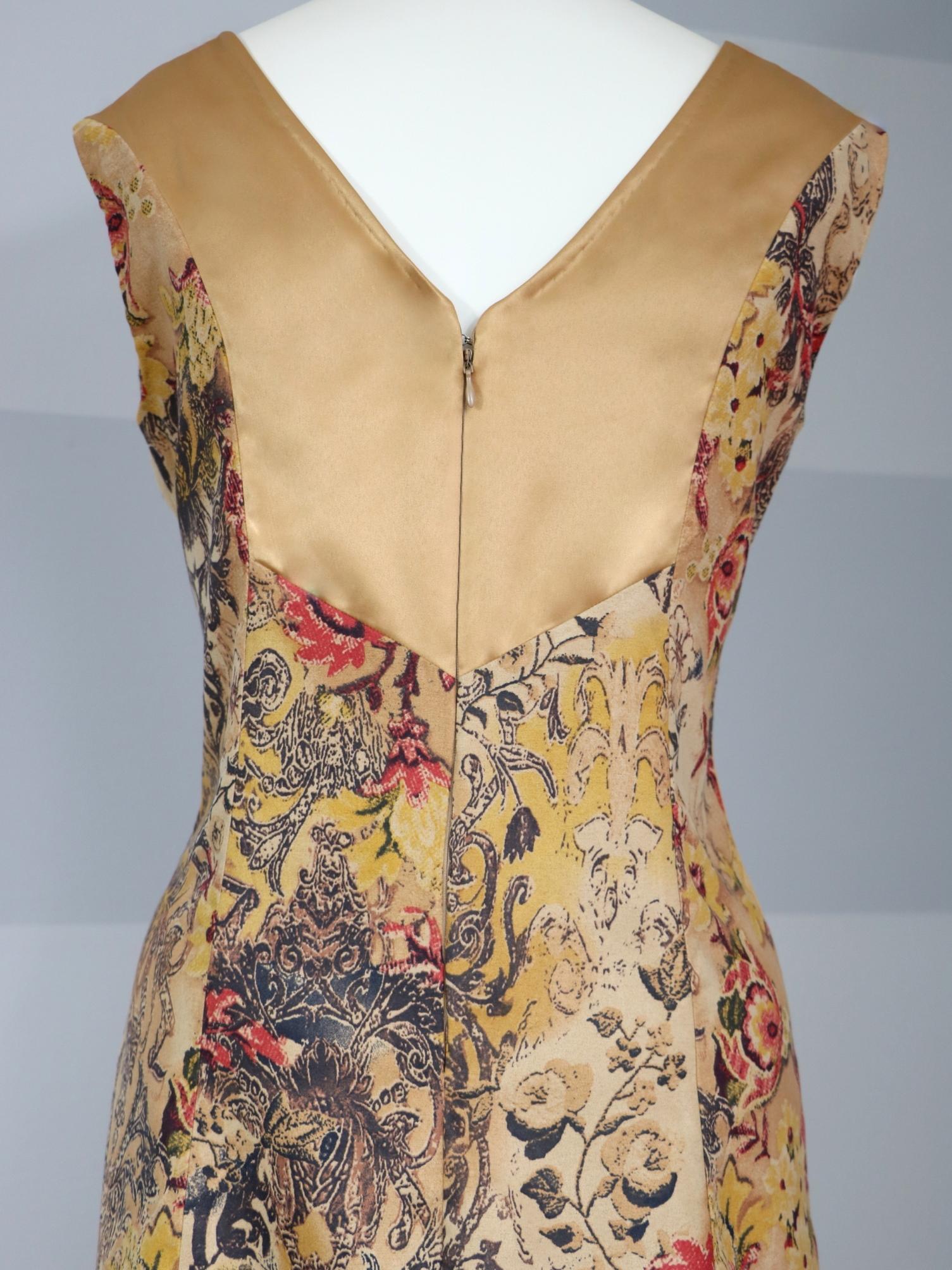 Fotografie pro model – Zlaté šaty