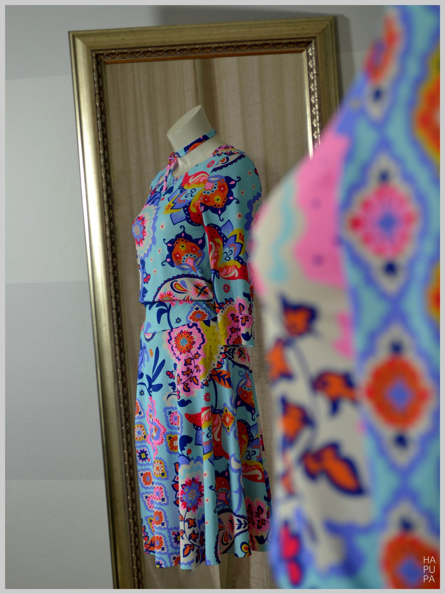 Tyrkysové šaty tradice