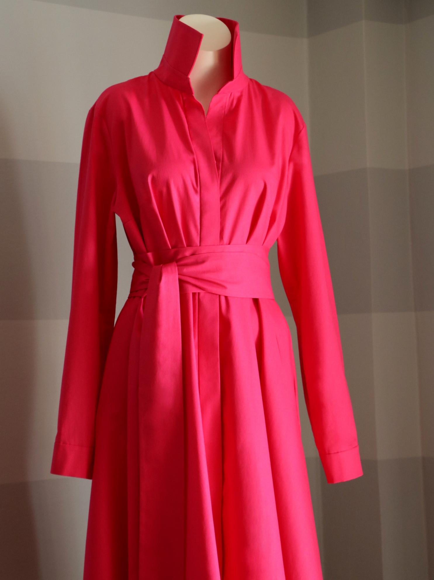 Růžové košilové šaty